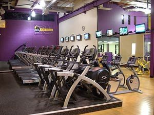 Planet_Fitness_Elliptical